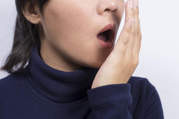 Hôi miệng là biến chứng thường gặp của viêm xoang hàm