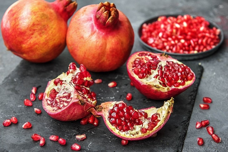 Lựu là trái cây tốt cho người bị viêm dạ dày
