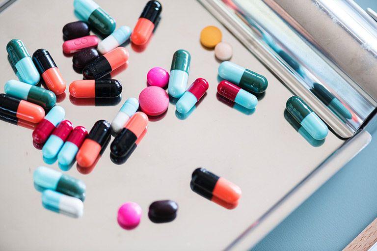 Thuốc trị phong ngứa có tác dụng chống dị ứng, chống viêm nhanh, nhưng tiềm ẩn nguy cơ gây nhiều tác dụng phụ