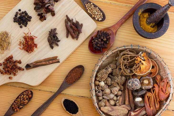 Thuốc Đông y có thành phần thảo dược nên ít gây tác dụng phụ