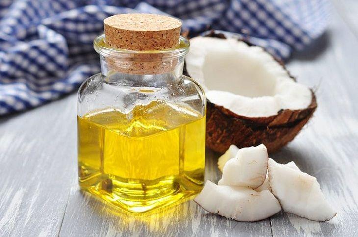 Dầu dừa có tác dụng giảm các triệu chứng của vảy phấn hồng