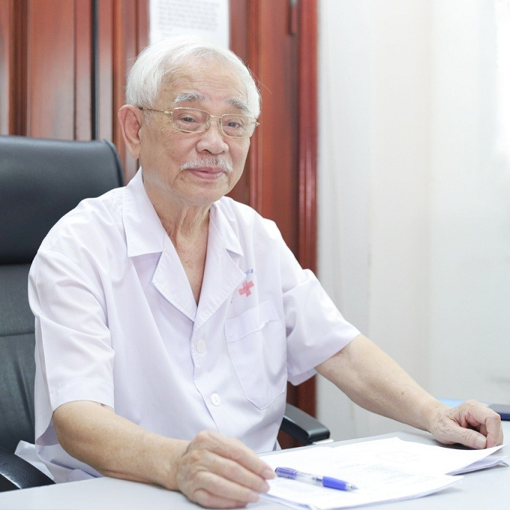 Giáo sư Trần Ngọc Ân
