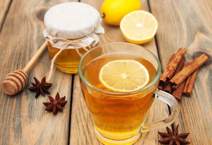 Trà chanh mật ong là thức uống thơm ngon, bổ dưỡng giúp bà bầu cải thiện triệu chứng buồn nôn trong thai kỳ