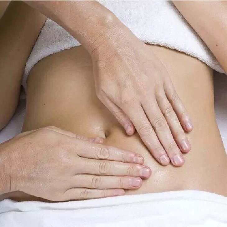 Massage giúp cải thiện tình trạng ợ hơi khó thở