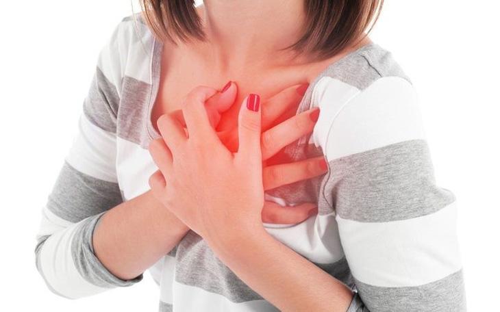 Khi bị mất ngủ kéo dài sẽ tăng nguy cơ mắc một số bệnh lý về tim mạch