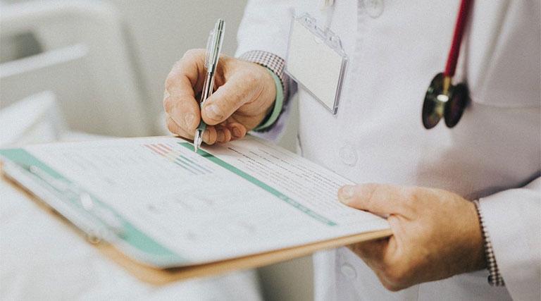 Khi có dấu hiệu bất thường cần đến cơ sở y tế để được thăm khám kịp thời