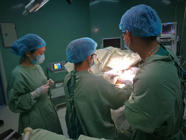 Phẫu thuật chữa bệnh trĩ là tiểu phẫu, không có quá nhiều biến chứng nguy hiểm