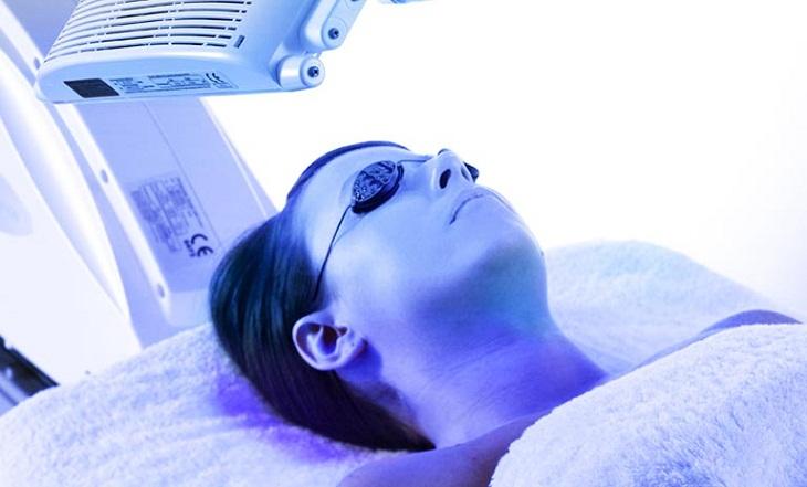 Phương pháp quang trị liệu chữa vảy nến