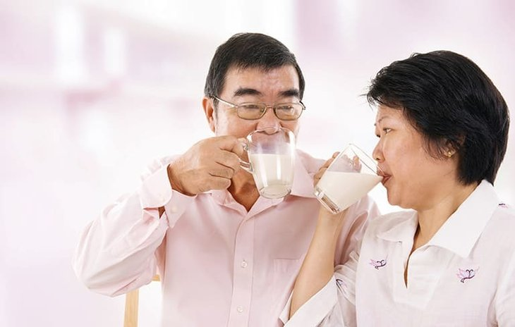 2 ly sữa Anlene mỗi ngày giúp đẩy lùi gai cột sống hiệu quả