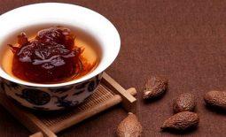 Trà hạt đười ươi uống thay nước hằng ngày
