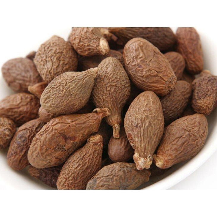 Không nên dùng hạt đười ươi cho người huyết áp thấp