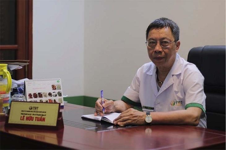 Bác sĩ chữa thoát vị đĩa đệm giỏi - Thầy thuốc ưu tú, BSCKII Lê Hữu Tuấn