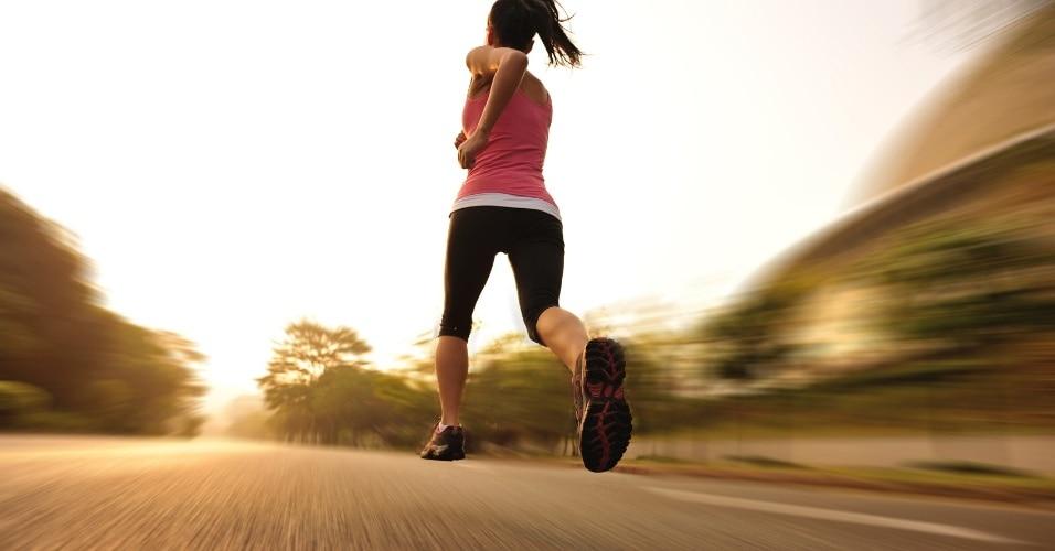 Người bệnh thoái hóa cột sống có nên chạy bộ không?