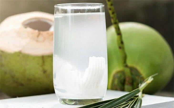 Nước dừa thực sự tốt cho người bệnh dạ dày