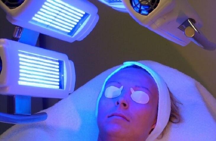 Phương pháp quang trị liệu giúp chữa bệnh vảy nến