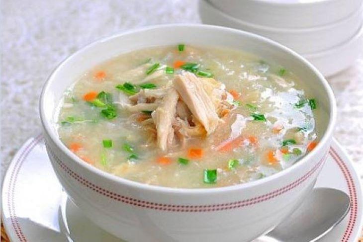 Chế độ ăn của người bị xuất huyết dạ dày nên sử dụng các món ăn mềm và dễ tiêu hóa như cháo