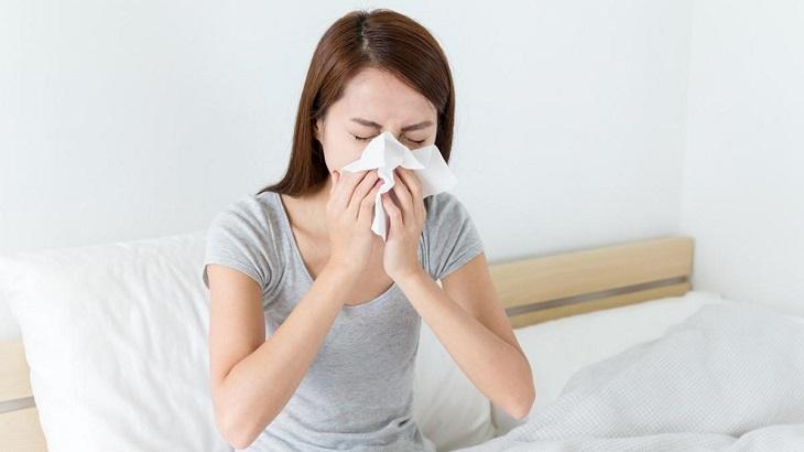 Bệnh khởi phát từ nhiều nguyên nhân, gây cảm giác khó chịu, mệt mỏi cho người bệnh
