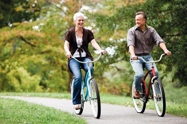 Đạp xe giúp tăng sự linh hoạt giữa các khớp xương