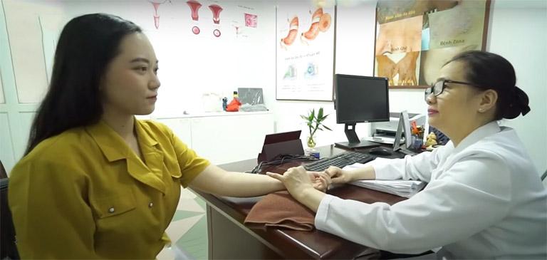 Thắc mắc lương y Nguyễn Khương Thụy điều trị bệnh kinh nguyệt có tốt không đều được hóa giải khi người bệnh trực tiếp tới Trung tâm thăm khám