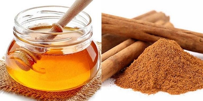 Hỗn hợp mật ong và bột quế có tác dụng chống viêm, kháng khuẩn rất tốt