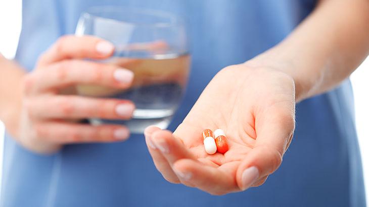 Uống thuốc Tây y điều trị suy nhược thần kinh ở người trẻ