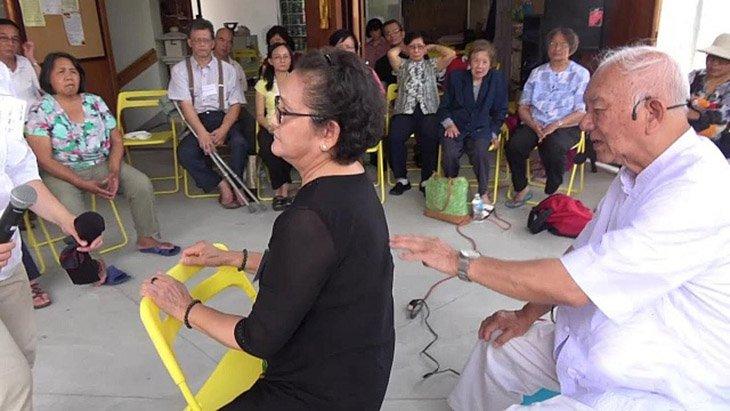 Thầy Lý Phước Lộc hướng dẫn chữa bệnh ở nhiều nước trên thế giới