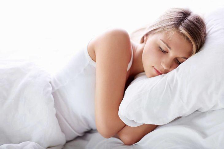 Ngủ đủ giờ, đủ giấc nhằm cải thiện tình trạng bệnh
