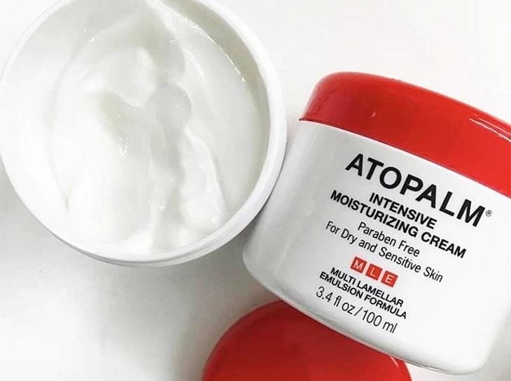 Kem Atopalm giúp bổ sung độ ẩm, ngừa khô da, bong tróc