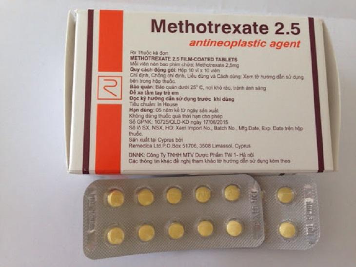 Methotrexate là thuốc thường dùng cho trường hợp mắc bệnh về hệ miễn dịch