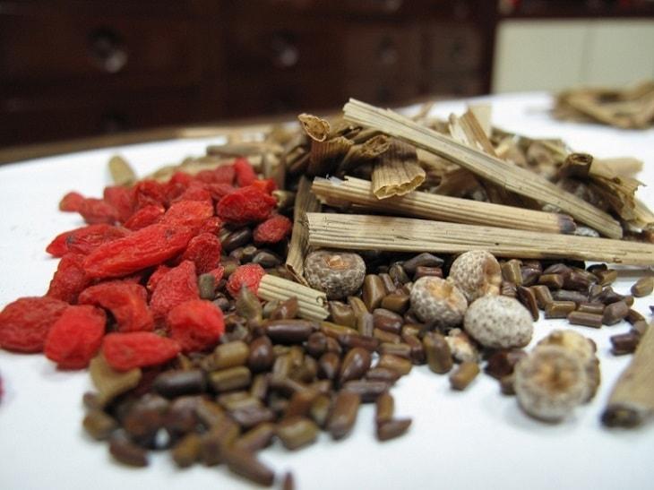 Một số bài thuốc Đông y trị viêm xoang mũi
