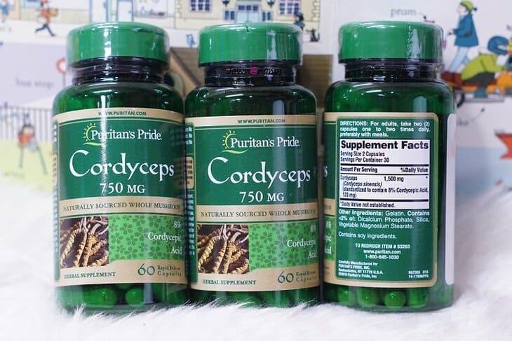 Viên uống Puritan's Pride Cordyceps Mushroom với mức giá trung bình 800.000 vnd phù hợp với túi tiền