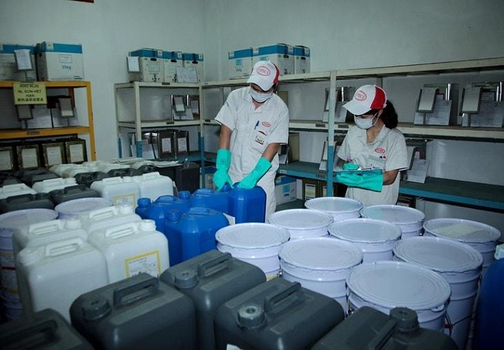 Tiếp xúc nhiều với hóa chất công nghiệp làm tăng nguy cơ mắc bệnh
