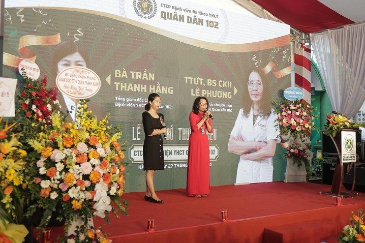 Chị Trần Thanh Hằng và bác sĩ Lê Phương đại diện ban lãnh đạo bệnh viện phát biểu cảm nghĩ
