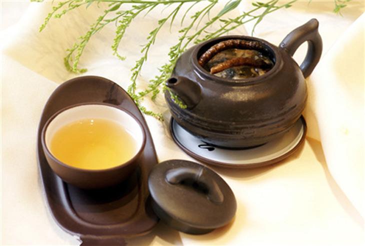 Trà đông trùng - Thức trà cao cấp tốt cho nhiều đối tượng