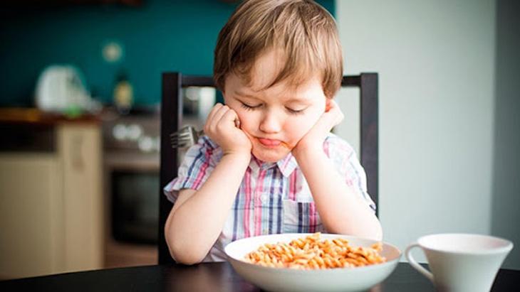 Trẻ nhỏ dưới 5 tuổi không nên sử dụng dược liệu quá bổ dưỡng này