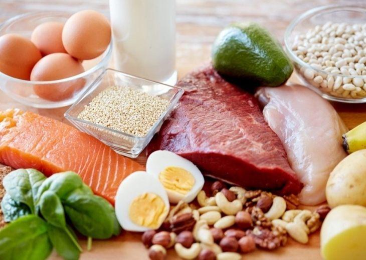 Chế độ dinh dưỡng nắm vai trò cực kỳ quan trọng giúp đẩy lùi triệu chứng bệnh tê chân tay hiệu quả
