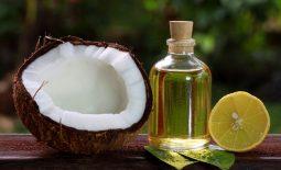 Người bệnh có thể kết hợp dầu dừa với nhiều nguyên liệu khác để chữa bệnh á sừng