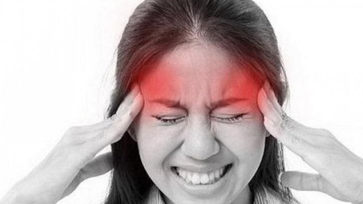 Đau đầu 2 bên thái dương là tình trạng đau đầu khá thường gặp