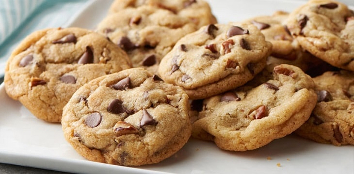 Bánh quy có chứa nhiều tinh bột, giúp hấp thụ axit trong dạ dày, giảm buồn nôn hiệu quả