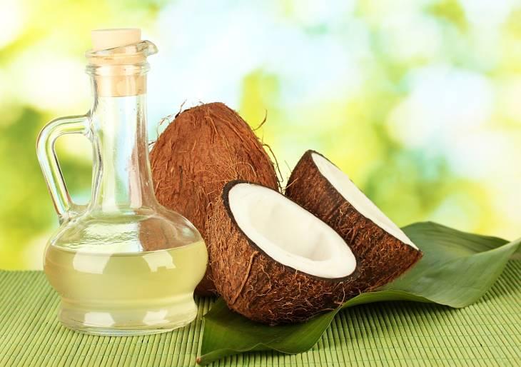 Dầu dừa có công dụng điều trị bệnh á sừng hiệu quả