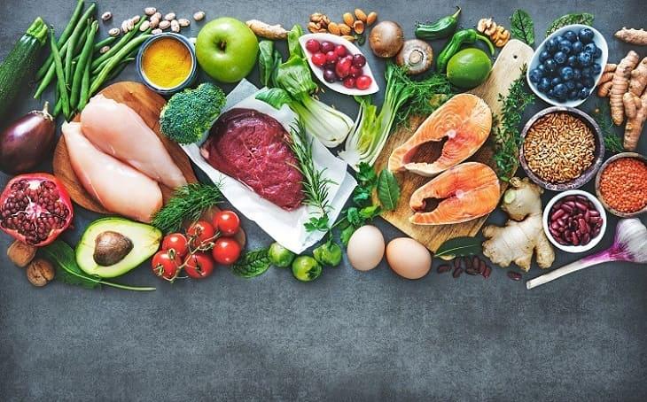 Bổ sung một số thực phẩm giàu dưỡng chất có thể giúp cải thiện hiện tượng này