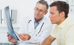 Người bệnh đau đầu cần được thăm khám và điều trị bằng phác đồ cụ thể