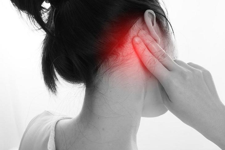 Bệnh nhân có thể được bác sĩ quan sát, chỉ định làm nuôi cấy tai và xét nghiệm máu