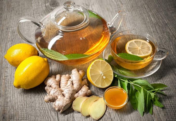 Uống trà gừng có thể cải thiện các triệu chứng bệnh