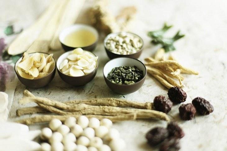 Bài thuốc Đông y trị đau nhức xương khớp, tê bì chân tay cho hiệu quả lâu dài và rất an toàn