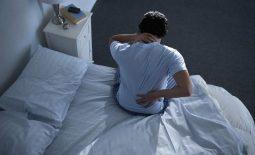 Đau nhức xương khớp vào ban đêm xảy ra khá phổ biến