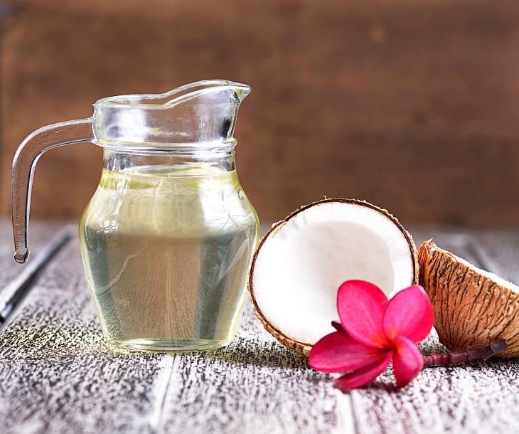 Dầu dừa - Khắc tinh của bệnh vảy nến hồng