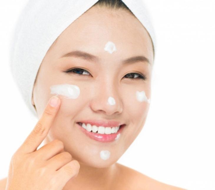Dùng kem dưỡng đông trùng hạ thảo mang lại nhiều lợi ích cho da