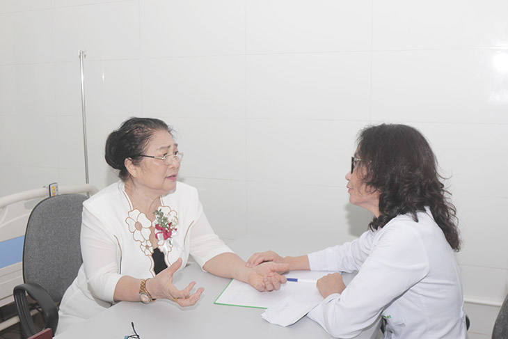 Gặp lại bác sĩ Lê Phương trong ngày khai trương