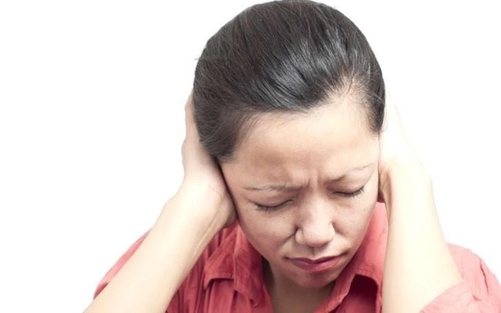 Ợ hơi gây đau tai ảnh hưởng rất nhiều đến cuộc sống hàng ngày